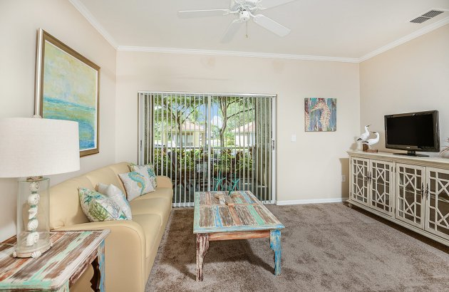 Live only 10 minutes from the Sanibel Bridge and Fort Myers Beach Bridge