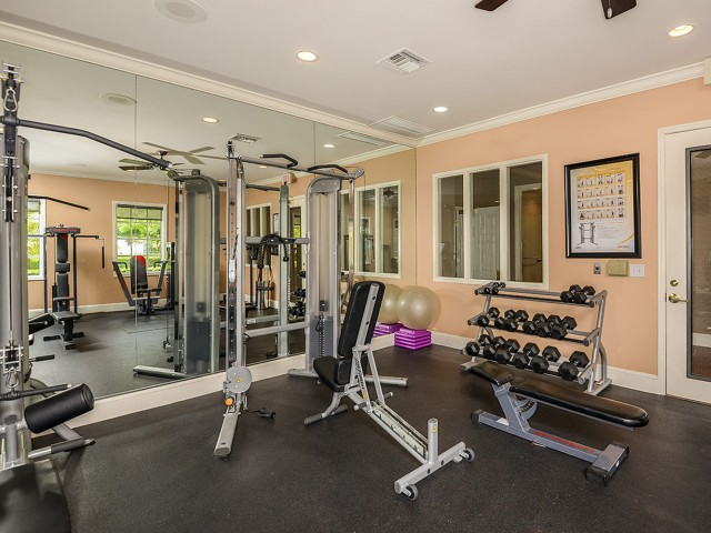 Fitness center | weight equipment | Promenade at Reflection Lakes apartments