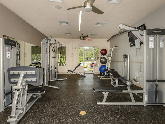 Fort Myers apartment gym