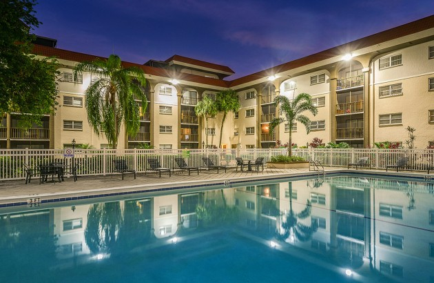 Take advantage of the swimming pool, fitness center, lighted tennis courts and onsite laundry facilities