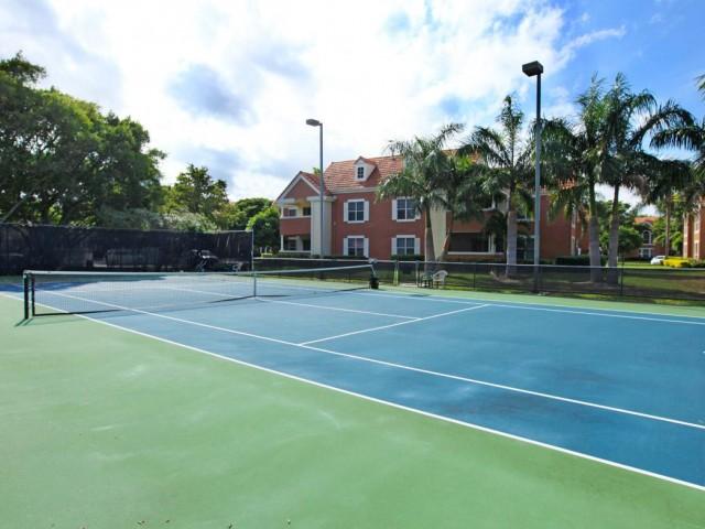 Tennis court   Windward at the Villages