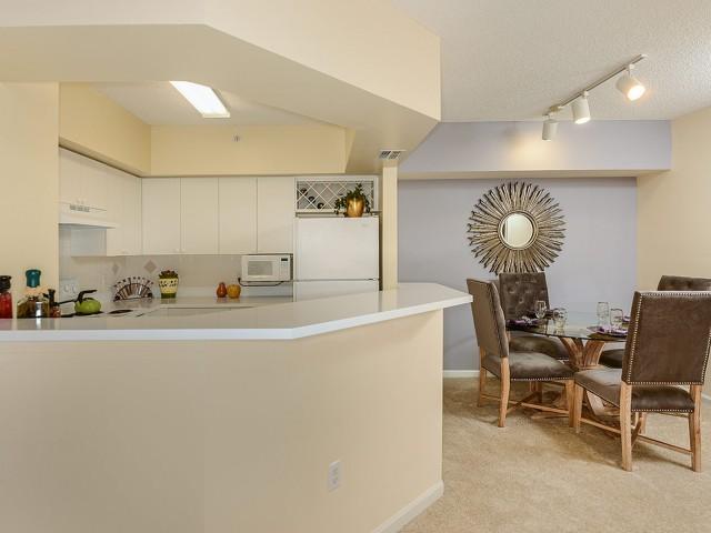 Boynton Beach Fl Apartment Rentals Via Lugano Apartment Homes