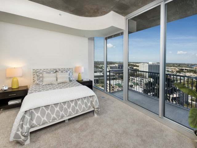 Tampa apartments with floor to ceiling windows