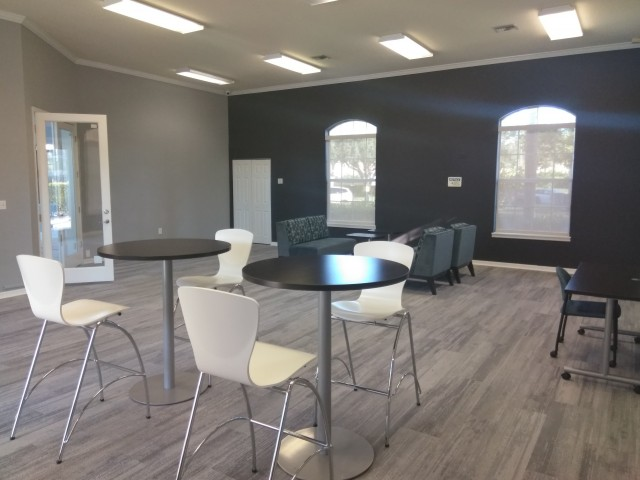 Cyber cafe seating in Royal St George community clubhouse