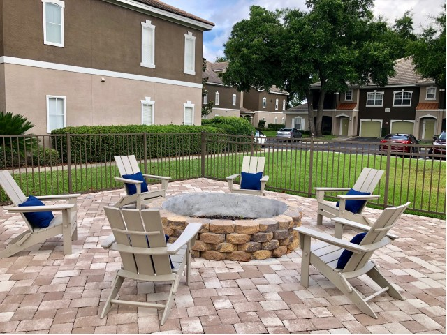Sanford FL apartments with high end amenities