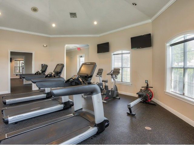 Sanford FL apartment with fitness center