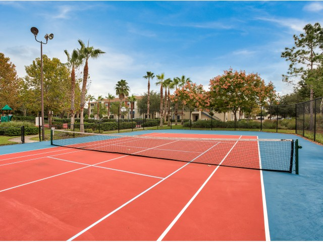Tennis court | Yacht Club at Heritage Harbor | apartment amenities