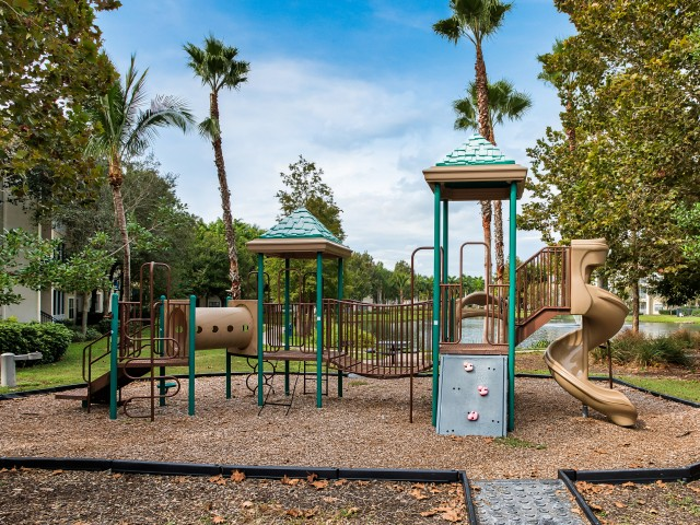 Community playground | Yacht Club | Bradenton apartments