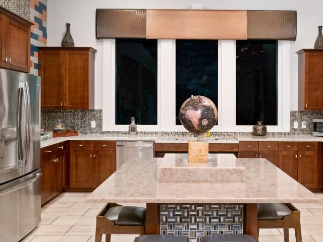 Echo Lake   Luxury apartments in Lakewood Ranch