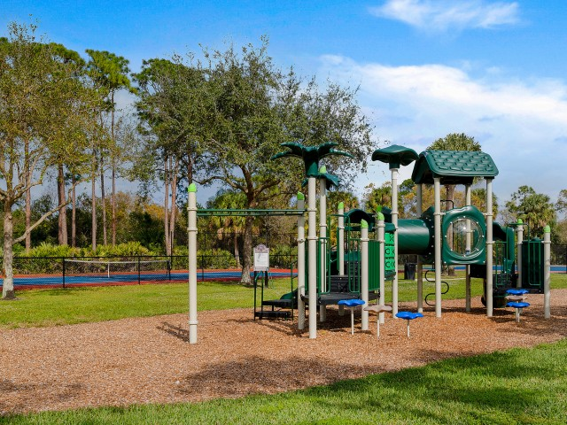 Floresta apartment playground