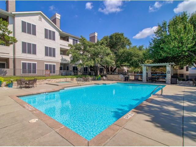 Austin apartments | Arboretum at Stonelake