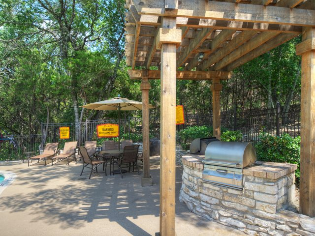Outdoor grill | Picnic area | Museo apartments