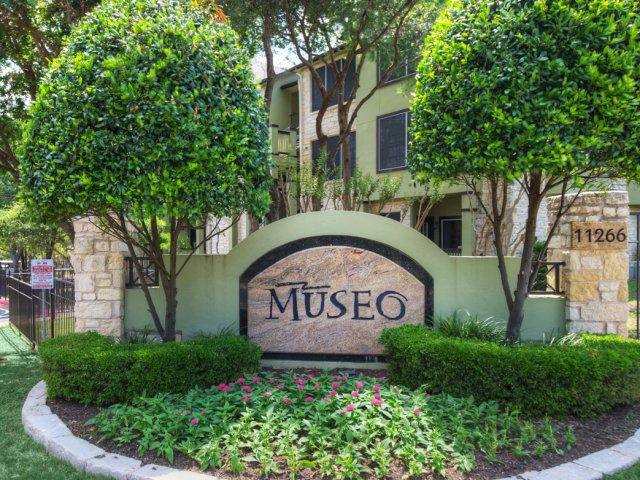 Museo community entrance | Taylor Draper Lane Austin