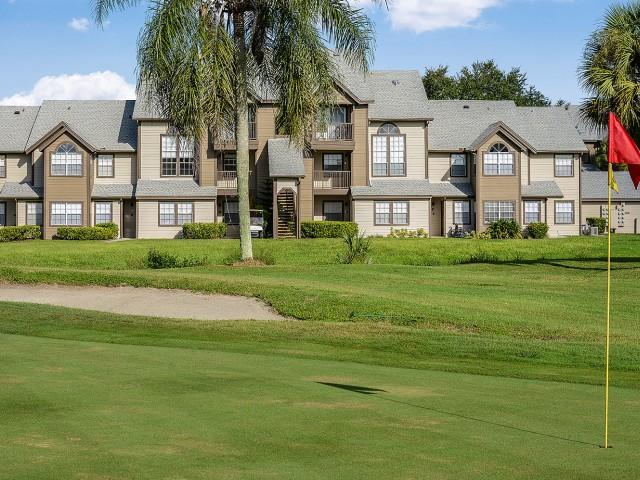 Melbourne FL apartments on golf course