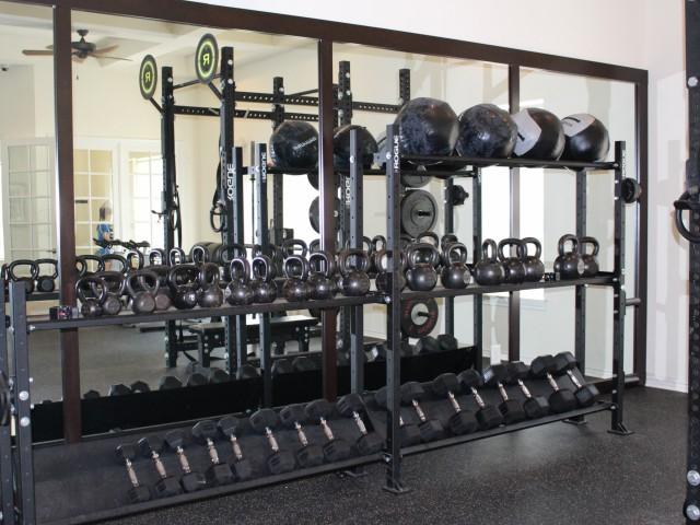 Apartment gym | Cypress Legends