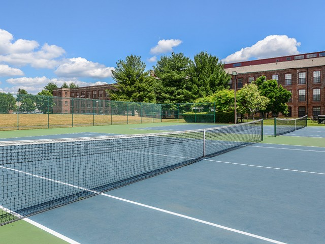 Bigelow Commons | Rentals with tennis court