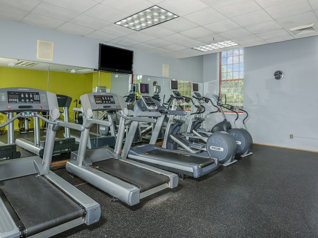 Enfield CT apartments with gym