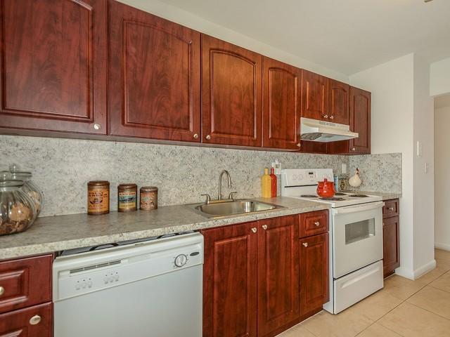 Del Oro | 2 bedroom apartments