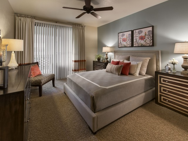Bedroom with carpet and ceiling fan | Tucson AZ rentals