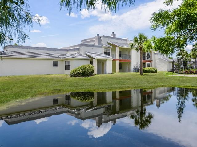 Caribbean Villas apartments in Melbourne FL