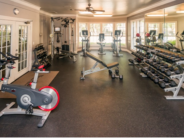 Apartment fitness center with cardio and weight equipment | Sedona Springs Austin TX