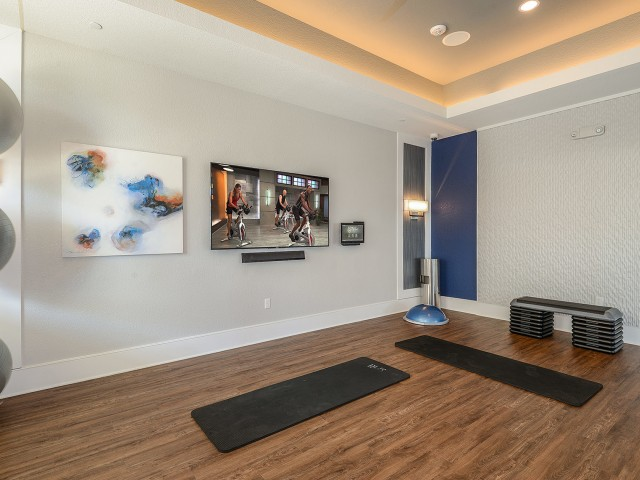 Echo Lake | Luxury apartment gym in Lakewood Ranch