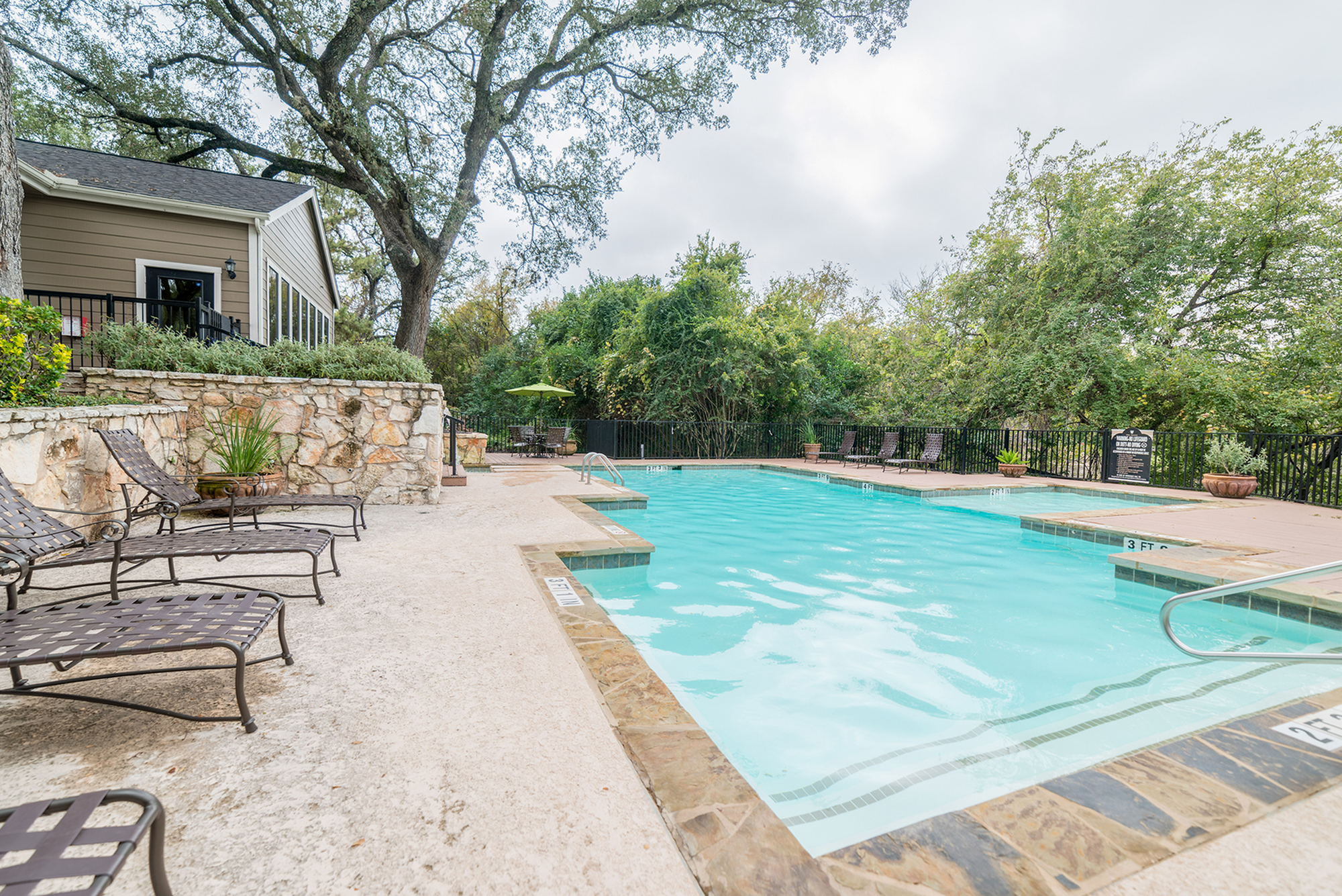 Image of Shimmering Swimming Pools for High Oaks Apartment Homes