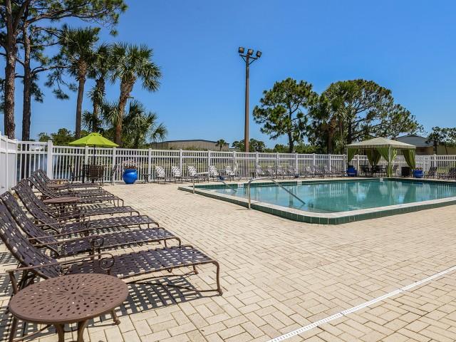 Swimming Pool | Lakeside at Greenboro