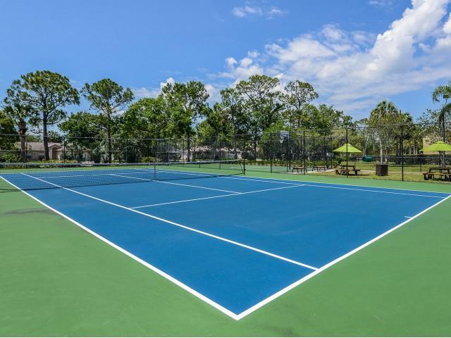 Tennis court at Lakeside at Greenboro
