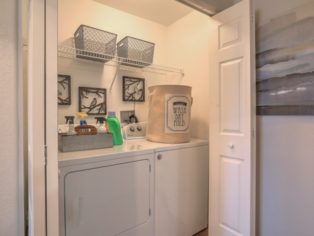 in-unit washer and dryer | Arterra apartments in New Mexico