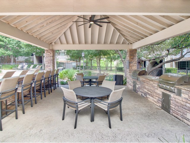 Outdoor Kitchen for Grilling