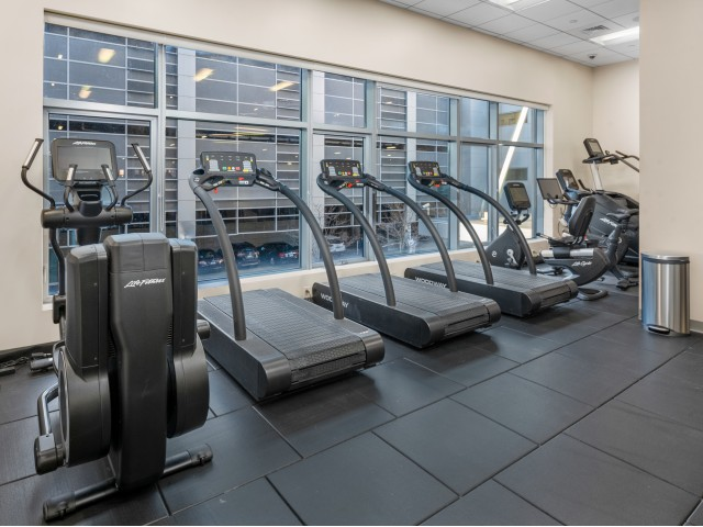 Hartford CT apartment with fitness
