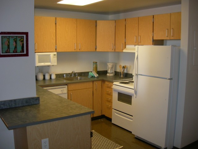 Image of Rent includes ALL Utilities, Direct TV & High Speed Internet for Auraria Student Lofts