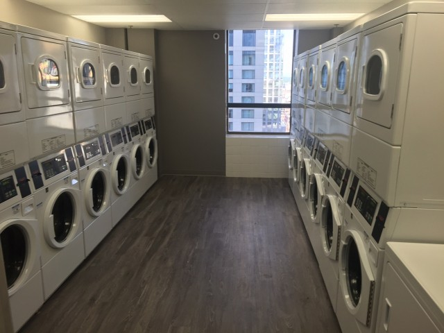 Image of 24/7 Laundry Center with convenient Debit/Credit Card system for Auraria Student Lofts