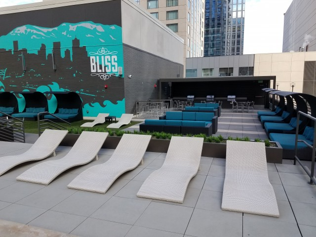 Image of Outdoor Rooftop Barbeque Dining Entertainment for Auraria Student Lofts