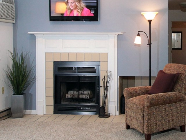 Image of Fireplace for Foxcroft Apartments