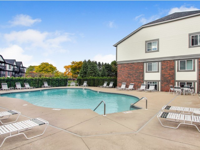 Image of Sparkling Outdoor Pool for Creekwood Apartments