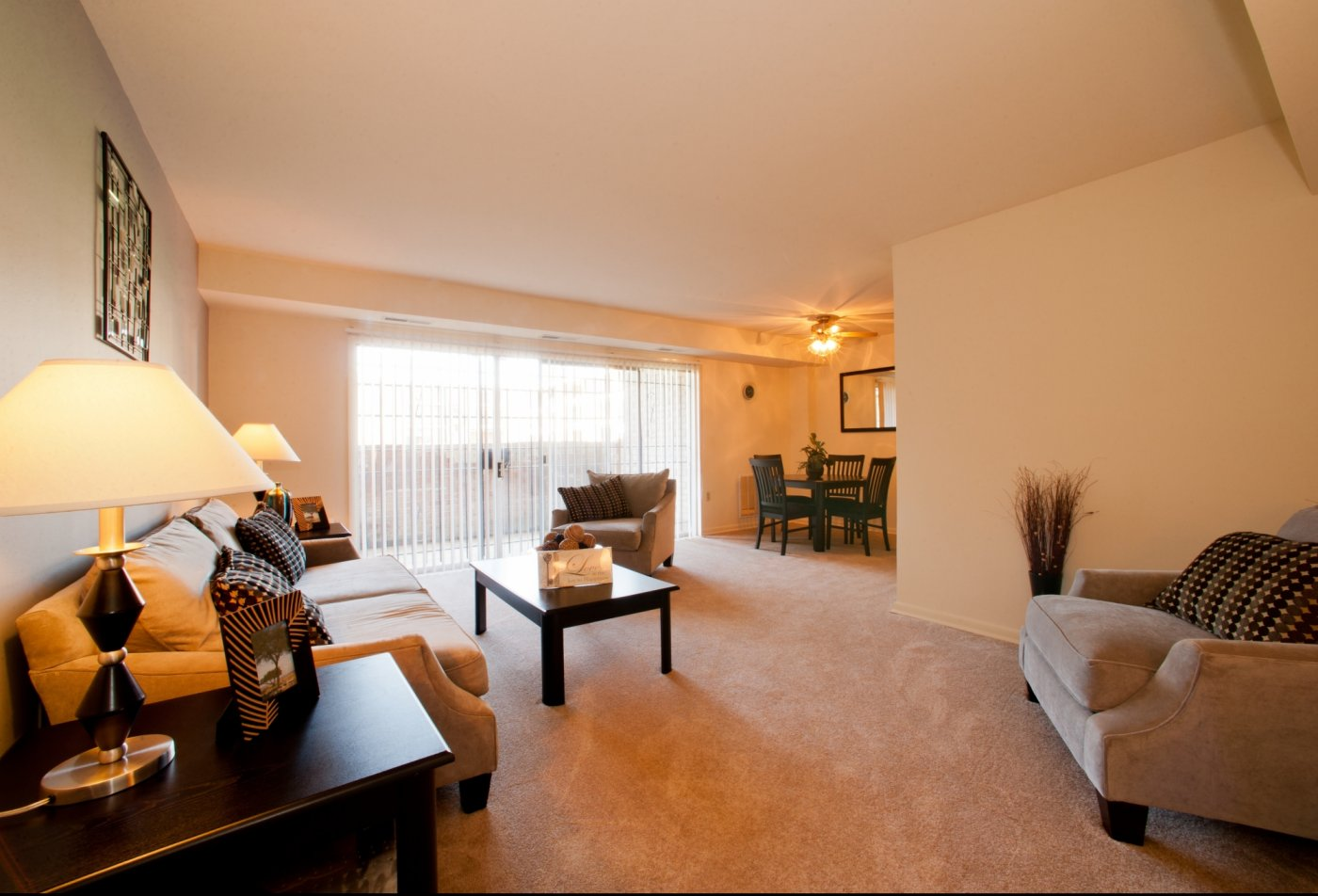 Living Room | Pennbrooke Station Apartments