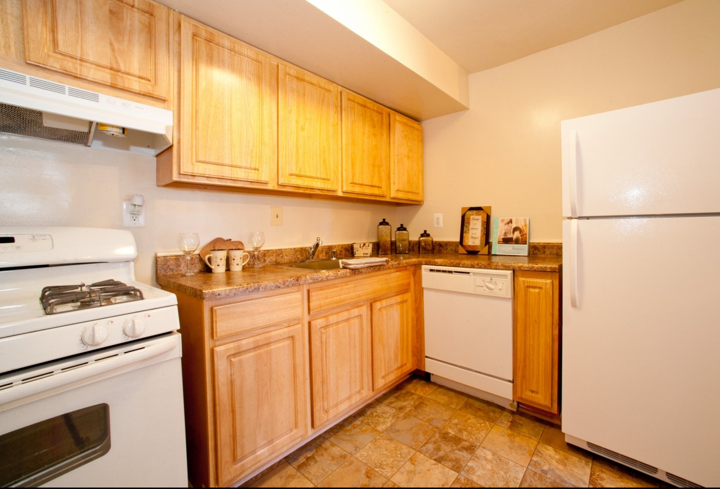 Kitchen | Pennbrooke Station Apartments