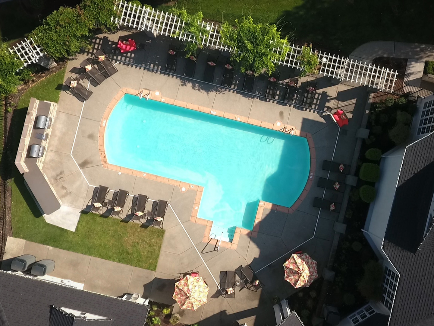 Apartment Swimming Pool | Puyallup WA Apartments For Rent | Willow Hill Apartments