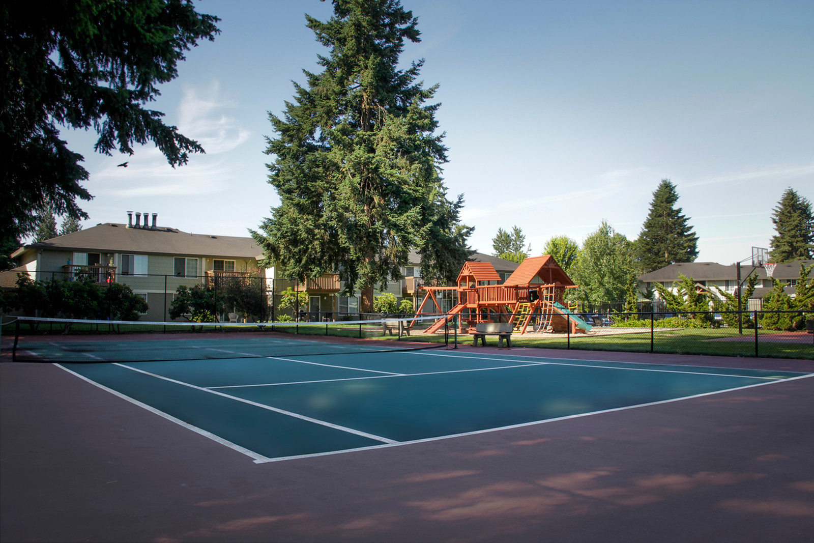 Community Tennis Court and Playground | Puyallup WA Apartments For Rent | Willow Hill