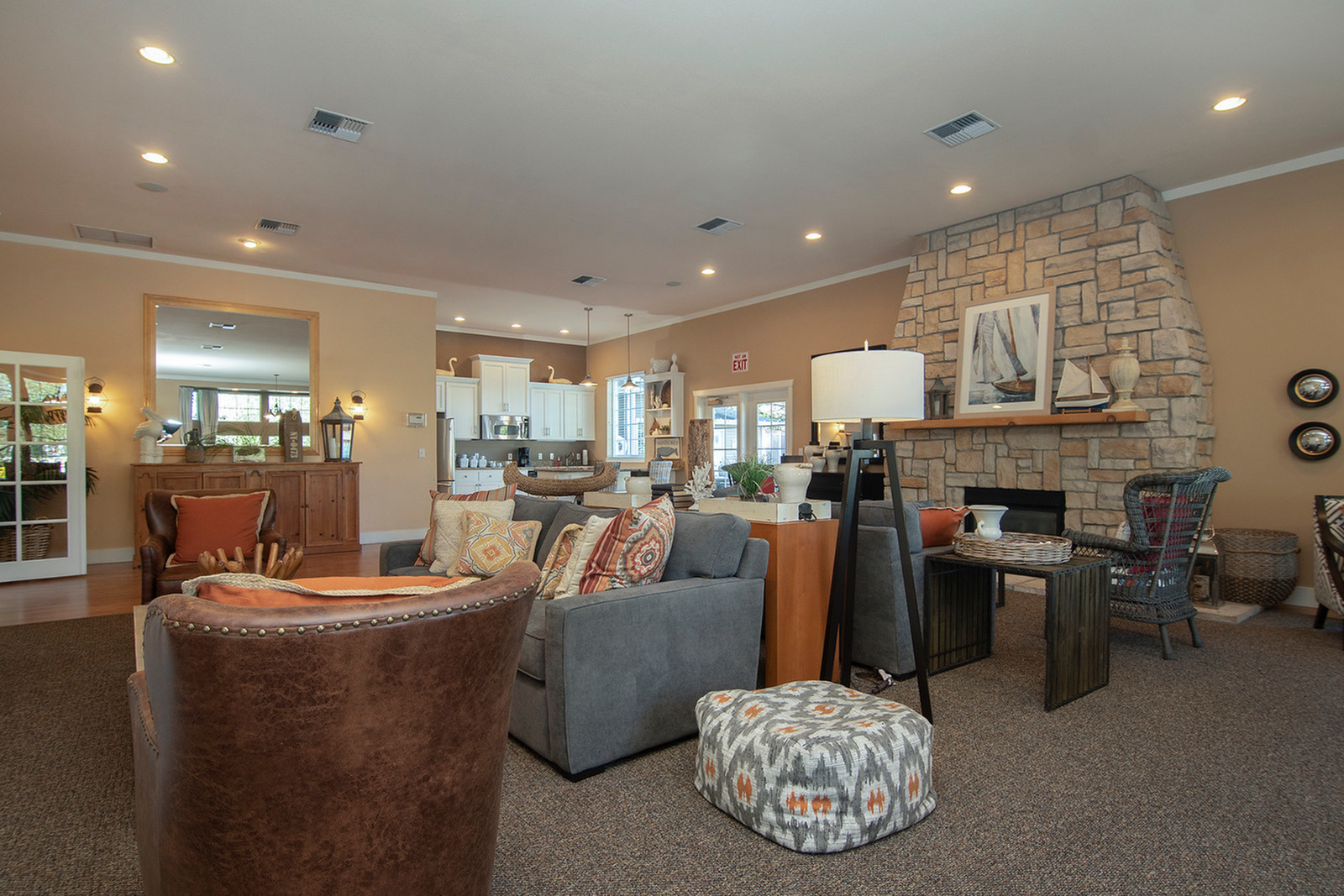 Luxurious Living Area | Apartment in Tacome, WA | Nantucket Gate