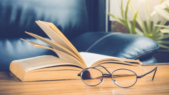 Top 3 Signs that You Need Reading Glasses