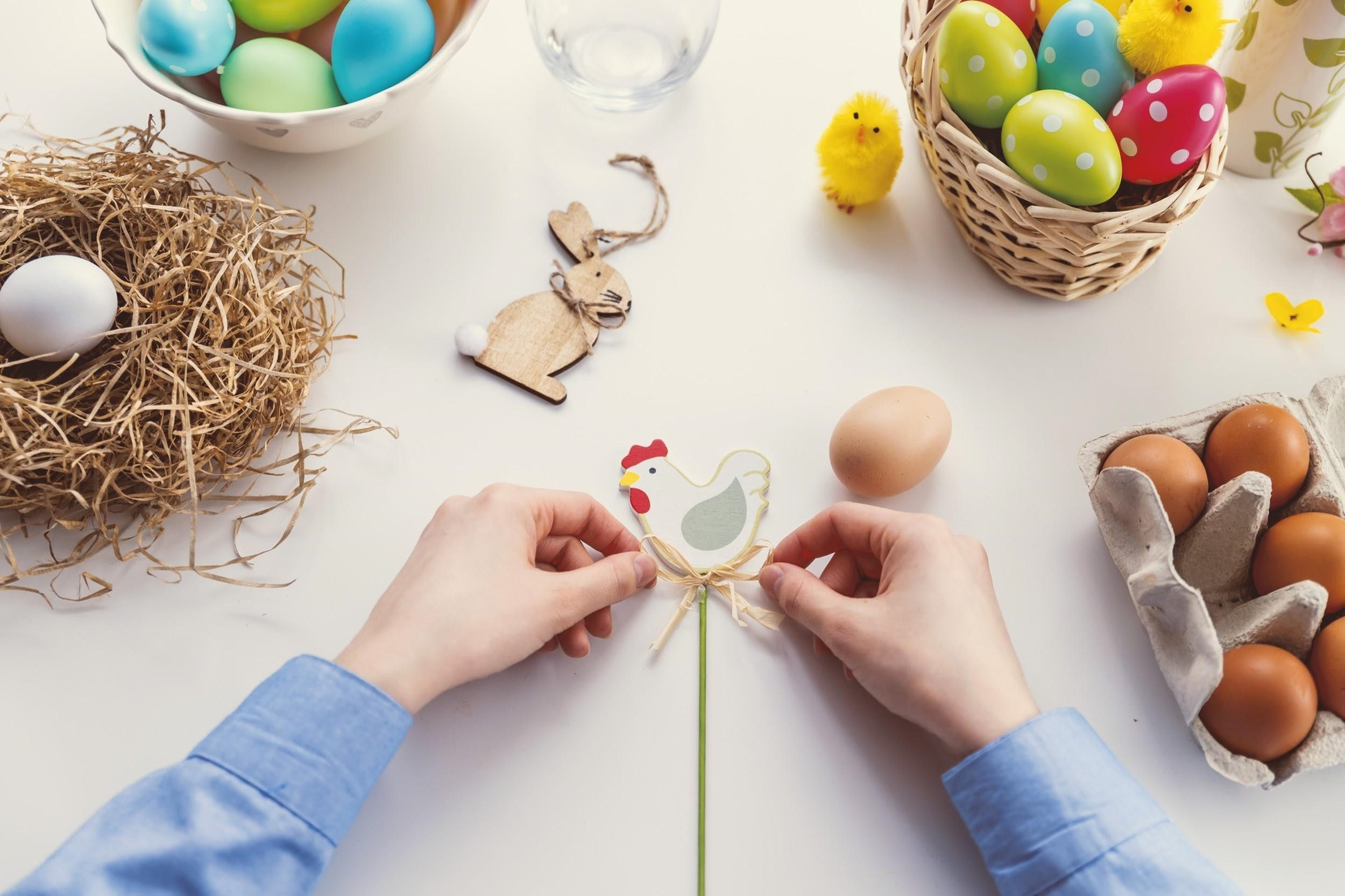 Easter decor 9 easy diys for your apartment