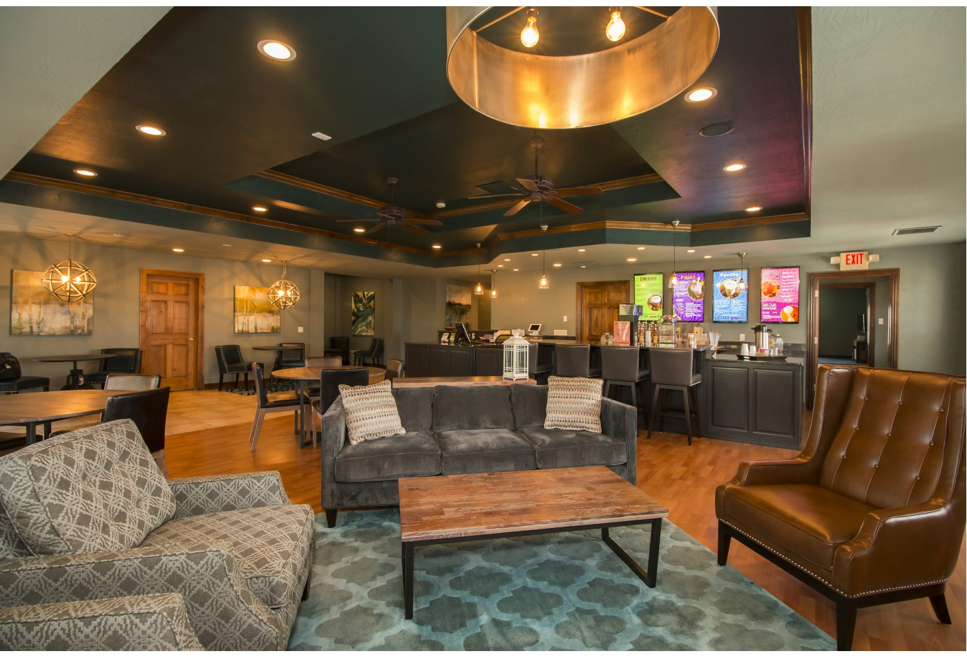 Community clubhouse with smoothie bar