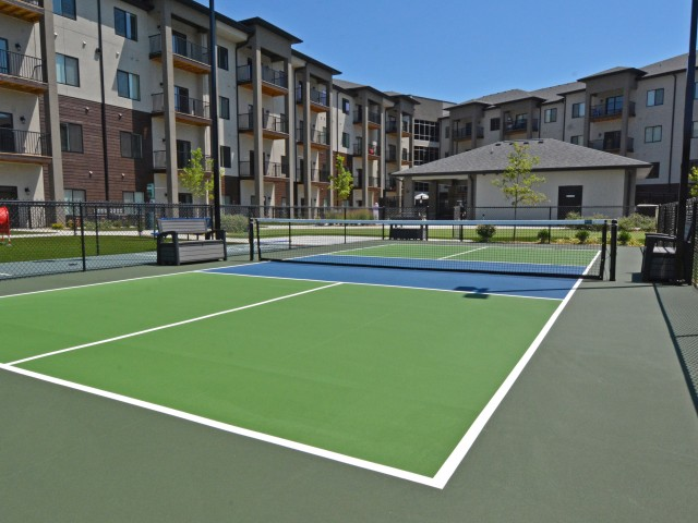 Veranda Vistas Pickleball courts