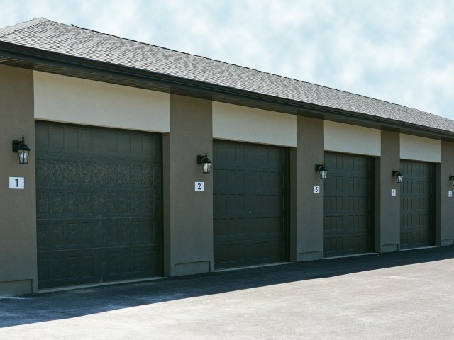 Private Garages at Veranda Vistas
