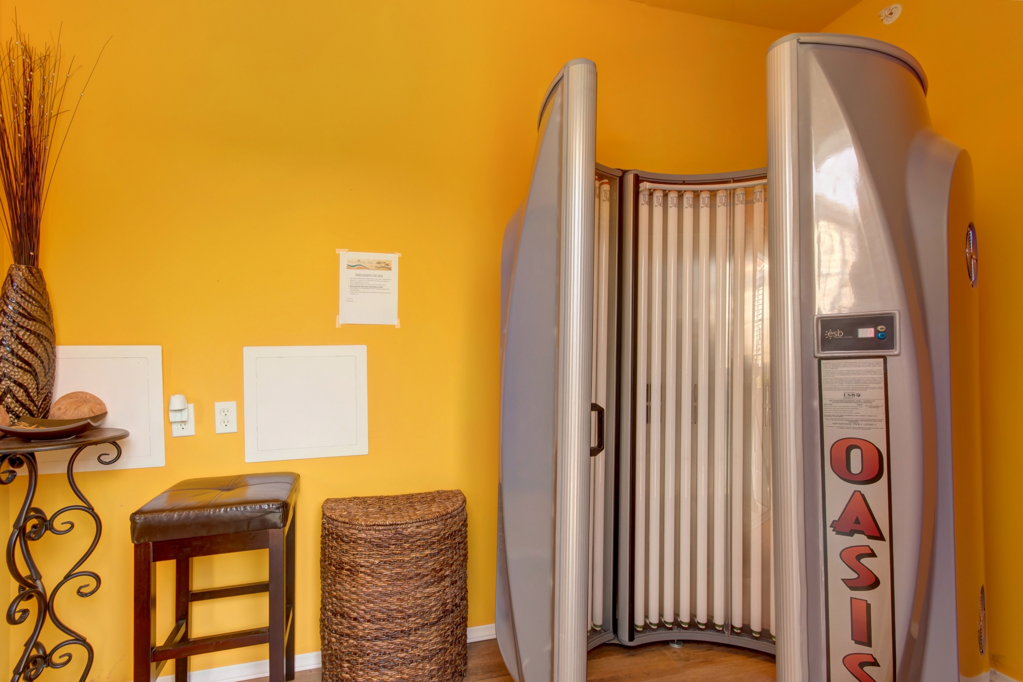 Palm Village - TLC Properties - Apartments Springfield, MO - Tanning - Tanning Bed - Amenities
