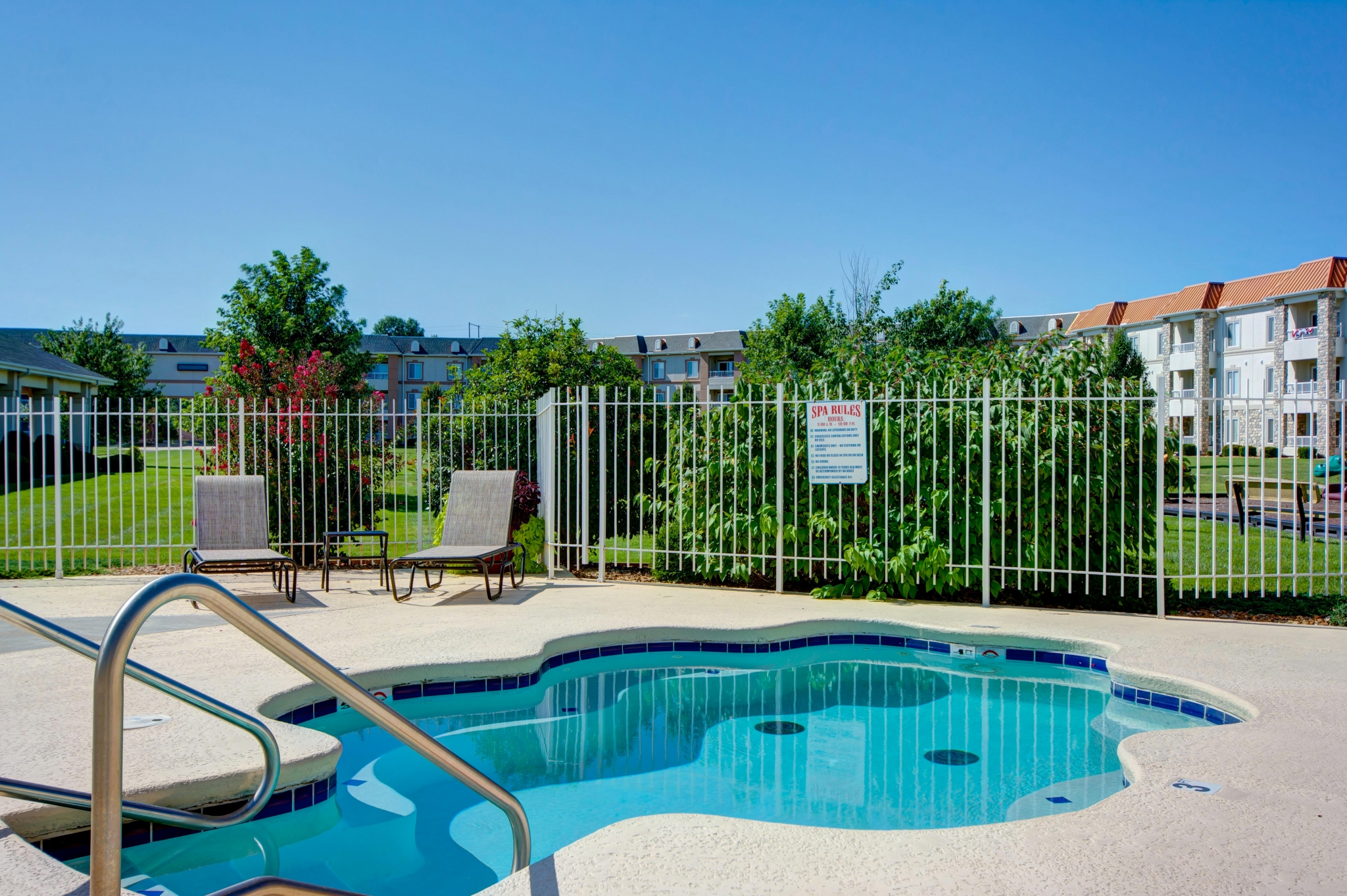 The Abbey - TLC Properties - Apartments Springfield, MO - Hot Tub - Spa