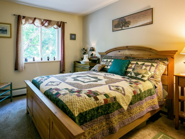 Image of Large Bedrooms in Select Units for Eau Claire London Square